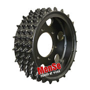 Aggressive steel feed wheel 20x24 for Rottne 700 harvester heads