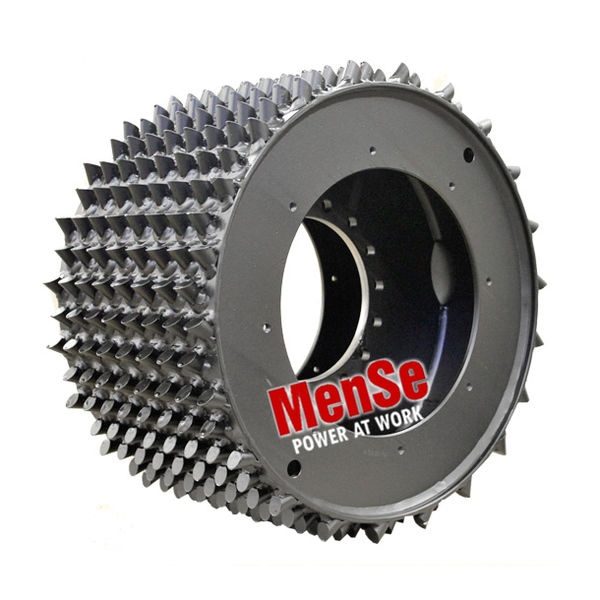 Aggressive steel feed wheel 22x30 for LogMax 7000 harvester heads